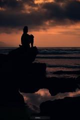 Summer vibes (jdelrivero) Tags: agua barrika geologia sunset provincia bizkaia españa costa lugares olas rocas atardecer elementos playa geology beach elements places puestadesol spain elexalde euskadi es