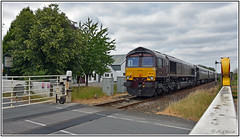 66743 on the rear of the Royal Scotsman (Mark's Train pictures) Tags: railtour royalscotsman class66 gbrf66 gbrfclass66 gbrailfreight hessay 66743 class66shed gbrf harrogateloop harrogatecircle