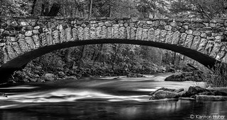 Yosemite Valley - Pohono Bridge_B&W_1158