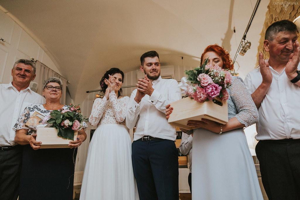 586 - ZAPAROWANA - Kameralny ślub z weselem w Bistro Warszawa