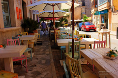 Santanyí 21 June 2018 00000.jpg (JamesPDeans.co.uk) Tags: forthemanwhohaseverything landscape street printsforsale table mallorca alfresco spain eateries commerce roads colour majorca jamespdeansphotography chairs wwwjamespdeanscouk umbrella cafe objects landscapeforwalls europe pavement digitaldownloadsforlicence