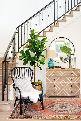 Furniture  - Entryway : Fresh entry with black rattan chair
