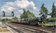 35028. 'The British Pullman' (Alan Burkwood) Tags: byfleetandnewhaw belmondbritishpullman bulleid pacific merchantnavyclass 35028 clanline steam locomotive byfleetjunction 67024