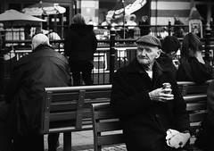 - (dagomir.oniwenko1) Tags: oldman flickr life lincoln lincolnshire england canon blackandwhite bw candid man sitting person people humans
