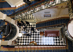 Cavalry and Guards Club, Piccadilly, London (jo92photos) Tags: cavalryandguardsclub piccadilly london stairs stairwell lookingdown people 15challengeswinner