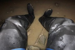 Waders at rest (essex_mud_explorer) Tags: uniroyal century rubber thigh boots waders hip thighboots thighwaders rubberboots rubberlaarzen gummistiefel cuissardes watstiefel