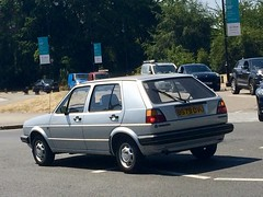 Early VW Golf MkII (Sim's pics) Tags: hampstead london silver mkii mk2 golf vw b579ovu