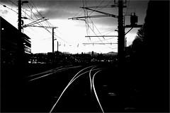 000560 (la_imagen) Tags: bregenz austria vorarlberg railway eisenbahn demiryolu abend evening sw bw blackandwhite siyahbeyaz akşam hx thx t vvvvv