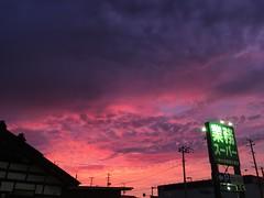 sky of purplish-red (murozo) Tags: sky evening purple red cloud yurihonjo akita japan 空 夕方 紫 赤 雲 由利本荘 秋田 日本