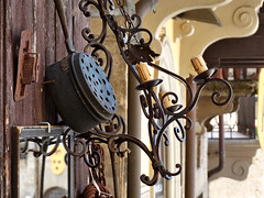 Brocante (Jolivillage) Tags: jolivillage ville city town città arezzo toscane tuscany toscana italie italia italy europe europa brocante old picturesque geotagged