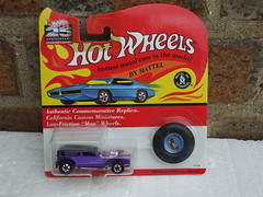 Hot Wheels 25th Anniversary Redline The Demon Metallic Purple Mint & Carded (beetle2001cybergreen) Tags: hot wheels 25th anniversary redline the demon metallic purple mint carded