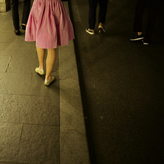 Rome (Andrew Malbon) Tags: rome roma leica mp240 italy pink dress shoes gold street men woman silk legs feet streetphotography summilux 35mm night walking shopping clubbing pavement