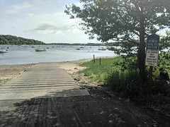 barnstable-hoopers-landing-1 (MA CZM Coast Guide Online) Tags: barnstable hooperslanding boatramp czm macoastguide