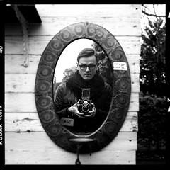 Vivian (Rahada) Tags: 120 120mm 6x6 mediumformat mittelformat squareformat square rolleiflex rolleiflex28e rollfilm self selfportrait kodak kodakfilm kodaktrix400 analog analogue analogphotography analoguephotography analogself film filmforever filmphotography filmisnotdead