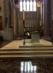 Reflections by the altar in Grace Cathedral. In 1965, Martin Luther King preached from the pulpit on the left. (JoeGarity) Tags: light preach martinlutherking pulpit altar reflections stainedglass gracecathedral sanfrancisco