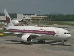 HS-TJG, Singapore, November 17th 2003 (Southsea_Matt) Tags: hstjg thaiairways staralliance boeing 7772d7 singapore sin wsss november 2003 autumn canon 10d airport aviation aircraft transport pattani