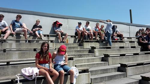Burg Landskron: Adler-Arena und Affenberg