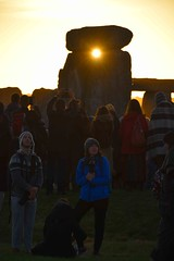 Its Behind You (Dave Cool Britannia) Tags: summer solstice standingstones stonehenge stonecircles summersolstice 2018 wiltshire sun sunlight sunrise dawn stomes