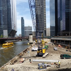 Chicago River, Construction at the Old Morton Salt Building Site (Mary Warren 10.8+ Million Views) Tags: chicago urban architecture building skyscraper chicagoriver water watertaxi yellow construction crane bridge