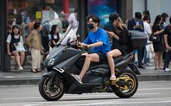 (seua_yai) Tags: asia southkorea candid fashion people asian asianwoman woman women beautiful sexy shoes koreanwomen koreanwoman seoul street streetcandid streetfashion wheels koreaseoul2018 motorbike motorcycle