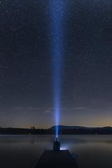 Cone (MecCanon [Insta: JLPhotoOfficial]) Tags: sky cielo night stars etoile estrella noche nuit lake adirondack flashlight beam light luz lumiere licht canon80d sigma1835