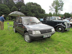 Peugeot 205 1.4 GR H738SEP (Andrew 2.8i) Tags: show car cars classic classics gwili railway transport day bronwydd arms hatch hatchback french 1400 gr 14 205 peugeot welsh wales uk unitedkingdom