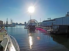 18063000896battello (coundown) Tags: genova battello porco panorama scorci barca barche navi lanterna spiagge viste pilota pilot