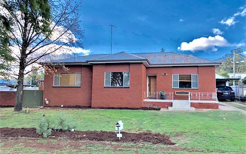 3 Gordon Av, Griffith NSW 2680
