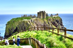 Dunnottar Castle Ruins 15th Century Scottish Highlands 2018 (DanoAberdeen) Tags: danoaberdeen aberdeenshire stonehaven aberdeen castle ruins abandoned weathered blue sky autumn winter summer spring scottishcastle knights 15thcentury 16thcentury dunnottar dunnottor medieval landmark scenery landscape scottishhistory nationaltrustforscotland historicscotland olddays scottishruins schotland museum countryside golden ancient oldtimer dunnottarcastle candid amateur castles 2018 tripadvisor scottishheritage scottishhighlands bonnyscotland picts history scotland bonnie williamwallace whigsvault nikond750 century 14th 15th 16th 17th 19th 18th water northsea maryqueenofscots earlmarischal geotagged geotag geaotagged fortress scotch northeast photoshop