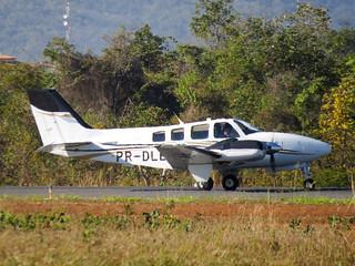 Beechcraft Baron G58 prefixo PR-DLB