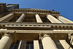 Birmingham Museum and Art Galllery (Manoo Mistry) Tags: birmingham birminghampostandmail englanduk westmidlands nikon nikond5500 tamron tamron18270mmzoomlens perspective