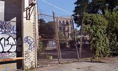Brooklyn (neilsonabeel) Tags: nikonfm2 nikon nikkor film analogue brooklyn newyorkcity
