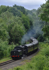 Approaching Highley (simmonsphotography) Tags: severnvalley railway heritage preserved preservation train engine locomotive highley lms ivatt 4mt 43106 uksteam