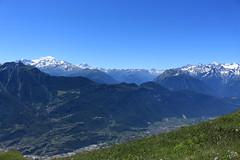 Massif des Combins et massif du Mont Blanc (bulbocode909) Tags: valais suisse ovronnaz grandgarde massifdescombins massifdumontblanc montagnes nature paysages altitude pierreavoi catogne montchemin vert bleu plainedurhône