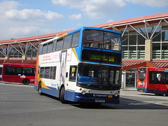 Stagecoach 18122 Mansfield (Guy Arab UF) Tags: stagecoach east midlands 18122 yn04kgf transbus trident alx400 mansfield bus station nottinghamshire buses