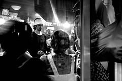 © Zoltan Papdi 2018-3416 (Papdi Zoltan Silvester) Tags: japon japan tokyo réel rue vie gens humain voyage journalisme real street life people human trip journalism restaurant nourriture groupe food group shinjuku