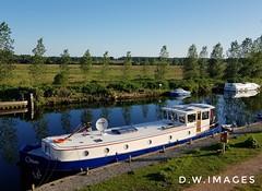Beccles Suffolk uk (madmax557) Tags: beccles riverwaveney boats onthewall dutchbarge trees rivers riverside riverbank eastanglia uk england greatbritain suffolk oultonbroadssuffolkuk