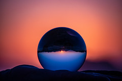 POTD 178 (Webtraverser) Tags: 365picturesin2018 crystalball everydayphotographer g85 glasssphere lumix magichour micro43 pad2018178 pictureofaday pictureoftheday potd2018 purble santamonicamountains sunset upsidedown thousandoaks california unitedstates us