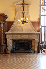 Large stone fireplace in The Great Hall (Carol Spurway) Tags: peterborough cambridgeshire stamford lincolnshire stmartinswithout barnack 16thcentury elizabethan burghleyhouse treasurehousesofengland hha historichouses historichousesassociation interior house