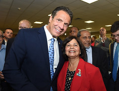 Governor Cuomo Announces Transformational Projects in Hicksville as Part of $10 Million Award (governorandrewcuomo) Tags: governorandrewmcuomo newyorkstate nassaucounty longisland lirr mta longislandrailroad construction downtownrevitalization hicksville newyork unitedstatesofamerica