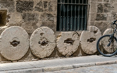 Seville Geometry - Circles and Lines (sharon.verkuilen) Tags: spain seville andalusia santacruz sonya7rii