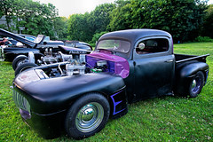 Cruise Night @ Bishop's Orchards (Bob Gundersen) Tags: guilford gundersen robertgundersen bobgundersen connecticut connecticutscenes ct cars blue green interesting scenes shots shoreline catchycolors d600 engineering gears historical image machine newengland nikon old picture usa photo nikond600 nikoncamera flickr bishopsorchard route1 conn outside bostonpostroad exterior