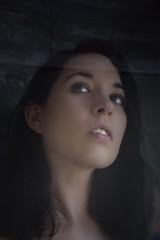 Reflejos (Maikaiju Palacios) Tags: dark oscuro claro brillo sol radiante blancoynegro blackandwhite bw gotas agua sombras atardecer cabello piel ojos lips barcelona catalunya igers