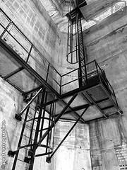Long way to the top (Pedro Nogueira Photography) Tags: bridge pillar stairs passage pedronogueira pedronogueiraphotography photography iphoneography iphonex monochrome architecture engineering lisboa lisbon portugal tejo tagus blackandwhite lines geometric