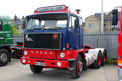 MVA396R 1976 Volvo F89 in the livery of V Robinson & Sons. (day 192) Tags: huddersfield myersgroup myersgroupclassicvehicleopenday transportrally transportshow lorry lorries wagon truck classiclorry preservedlorry vintagelorry volvo f89 volvof89 vrobinsonsons mva396r