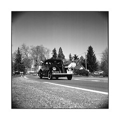 on the road again • arnay, burgundy • 2017 (lem's) Tags: route road classic car automobile nationale 6 n6 arnay bourgogne burgundy zenza bronica