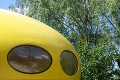 Futuro detail (koukat) Tags: espoo helsinki emma weegee futuro house plastic modern art modernism finland viaje travel futuromania designing future living design diseno