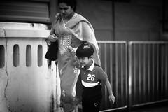 Après L'Interview (N A Y E E M) Tags: shezin wife mother umar kalam son candid street panchlaish chittagong bangladesh windshield uma lulu