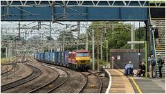 90018 & 90040. Rugeley Trent Valley. (Alan Burkwood) Tags: wcml rugeleytrentvalley dbcargo class90 90018 90xxx mossenddaventry liner freight electric locomotive