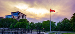 17062018-_DSF5973-IridientEdit.jpg (Youssef Bahlaoui Photography) Tags: photoderue xf 2018 street streetphotography fuji city montreal cityscape quebec fujifilm canada